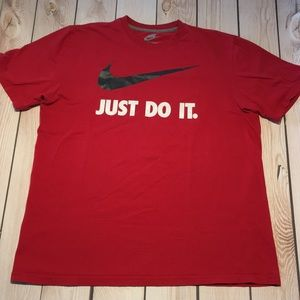 Nike men's Just Do It graphic tee